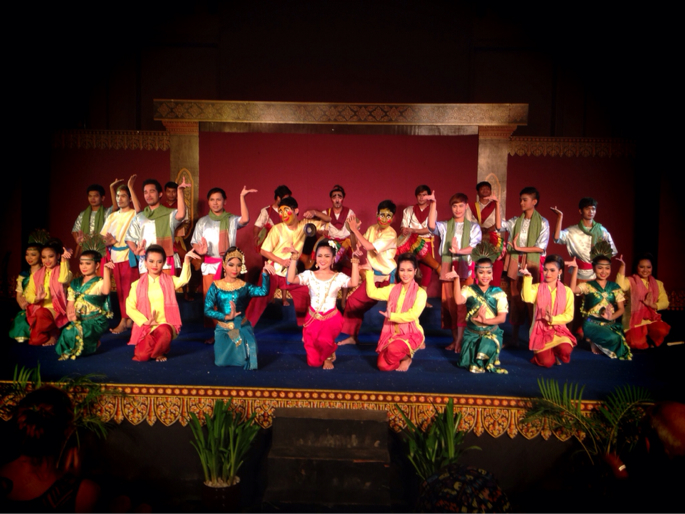 Cambodians living arts