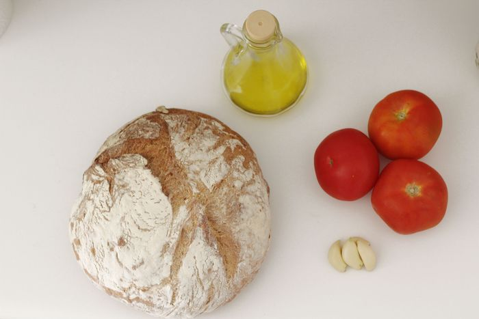 SalmorejoIngredients